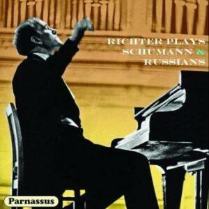 Richter joue Schumann et les compositeurs russes.