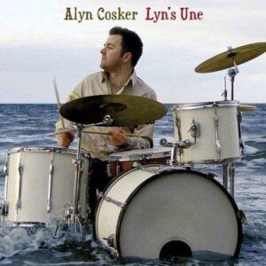 Lyn's Une - Alyn Cosker