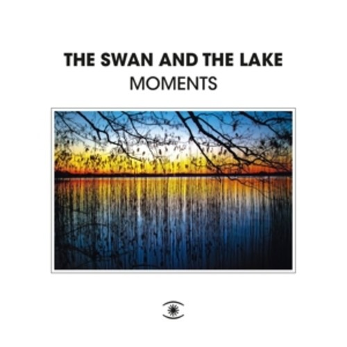 Moments - Swan And The Lake