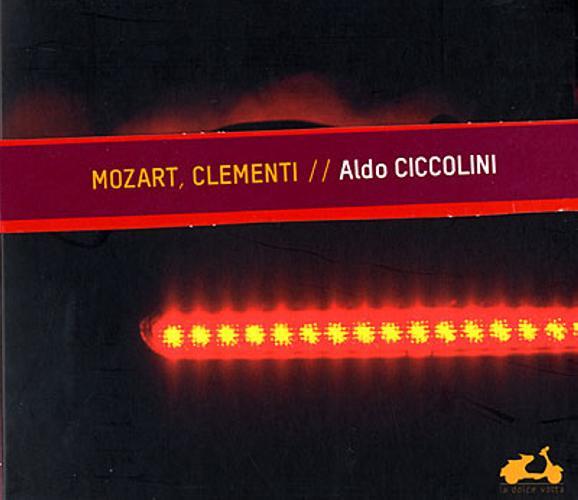 Mozart : Sonates KV 332 et 457. Ciccolini.